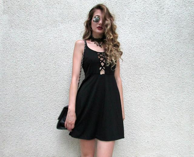 το μικρο μαυρο φορεμα