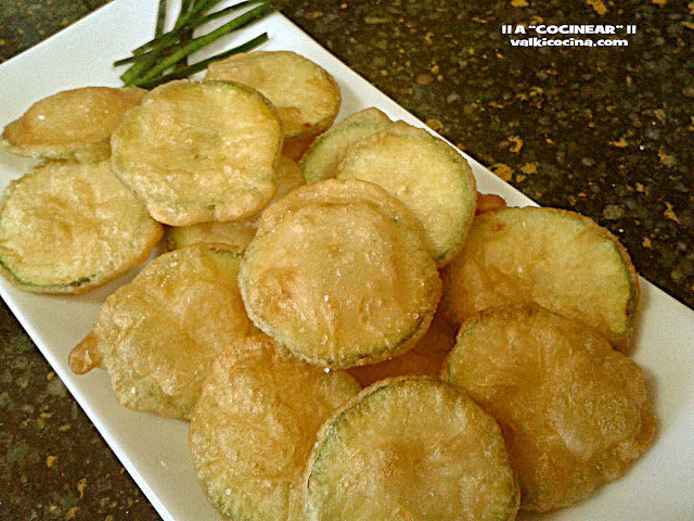 Chips de calabacín en tempura