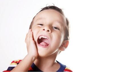 có nên tẩy trắng răng cho trẻ không -11