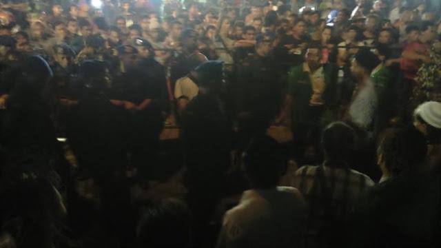 Banser Baku Hantam Dengan Anggota Brimob Saat Jaga Konser Di Tuban