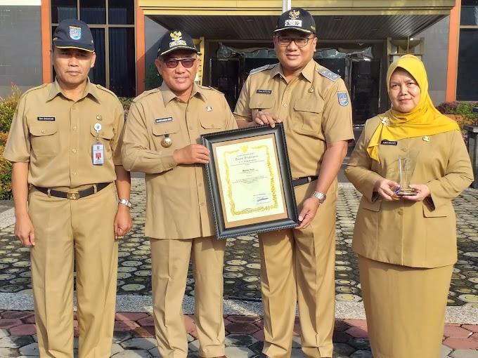 Walikota Raih Penghargaan Earth Hour Leader Award