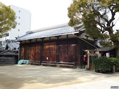 海老江八坂神社地車蔵