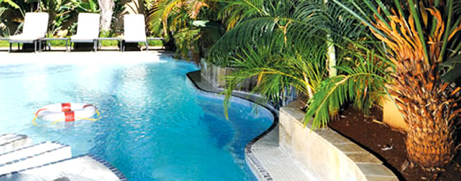 Peermont Mondior Hotel swimming pool