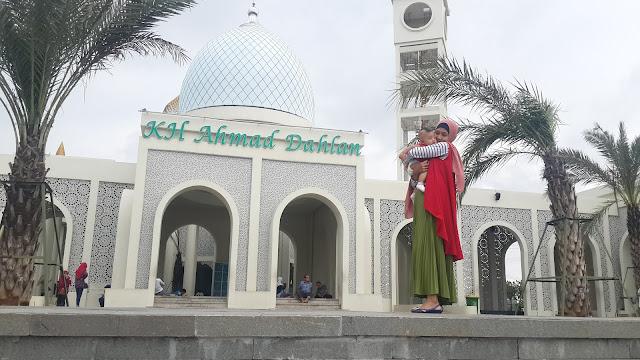Masjid KH Ahmad Dahlan Gresik topwisata.info