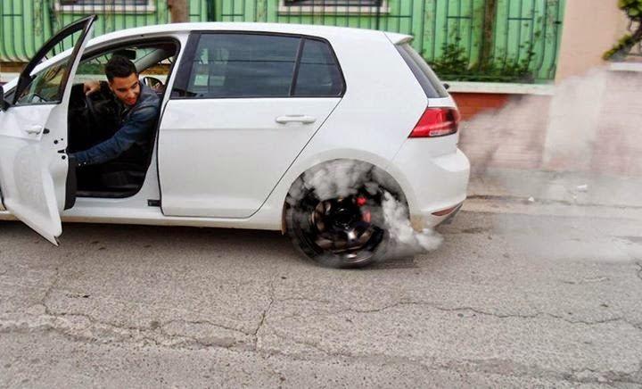 voiture export algerie acheter voiture pour export algerie alg rie importation de voitures. Black Bedroom Furniture Sets. Home Design Ideas