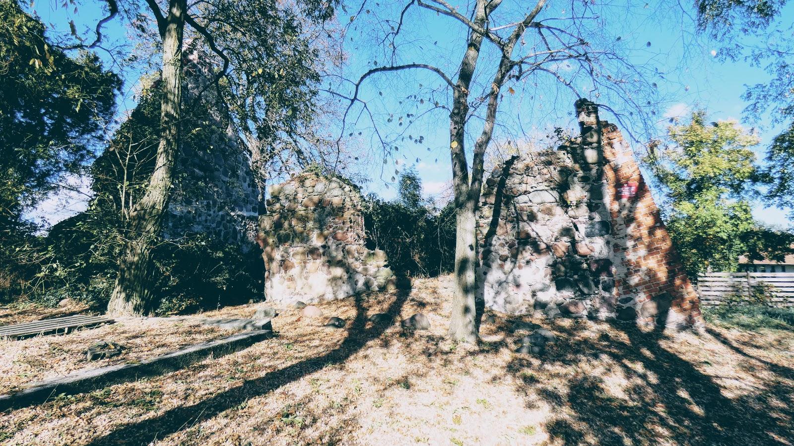 Ruiny kościoła w Moczyłach