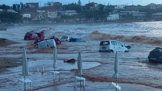Η μανία της φύσης ξέσπασε στη Μεσσηνία - Όχημα και της πυροσβεστικής Άργους στις καταστροφές (απίστευτες εικόνες)