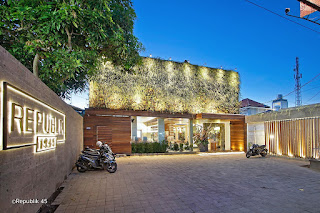 Bali Career - RECEPTIONIST AT RESTAURANT REPUBLIK 45