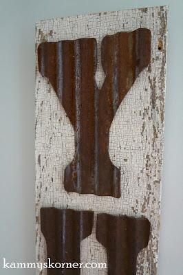 http://www.kammyskorner.com/2015/10/rustic-tin-letters-on-salvaged-wood.html