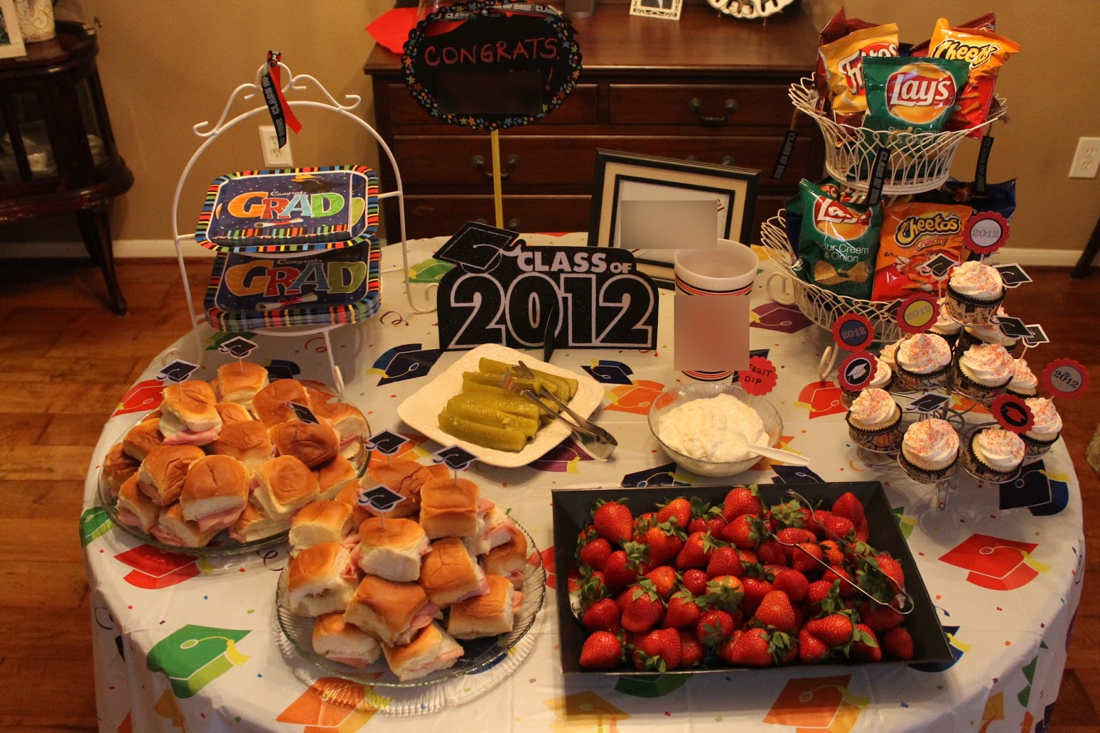 graduation party ideas easy