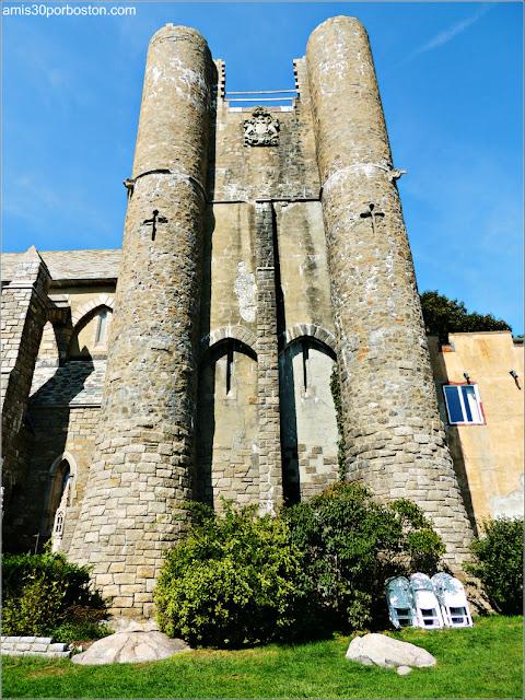 Torres del Castillo Hammond, Gloucester