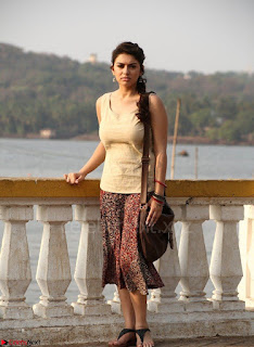Hansika Motwani Looks super cute in movie Mande Suryudu 015.jpg
