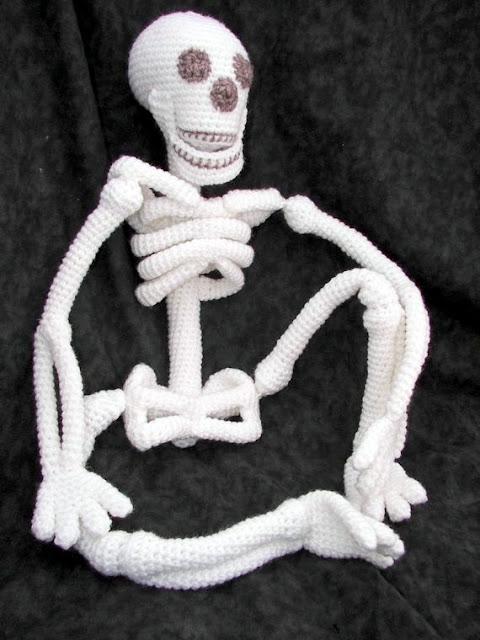 Skeleton Crochet pattern, halloween crochet pattern, halloween doll, halloween amigurumi pattern, Amigurumi Skeleton, Skeleton amigurumi pattern, crochet Skeleton doll, skeleton Amigurumi, Skeleton toy