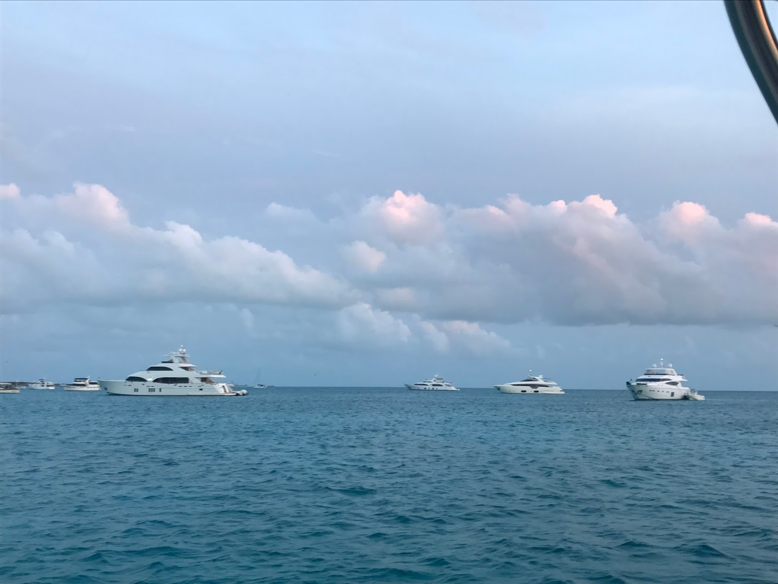 Highbourne cay to shroud cay the best anchorages attract the powerboats sciox Images