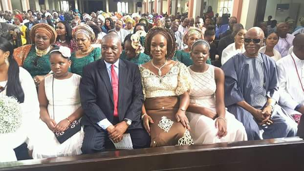 Photos: Former Governor, Orji Uzo-Kalu with his two younger daughters