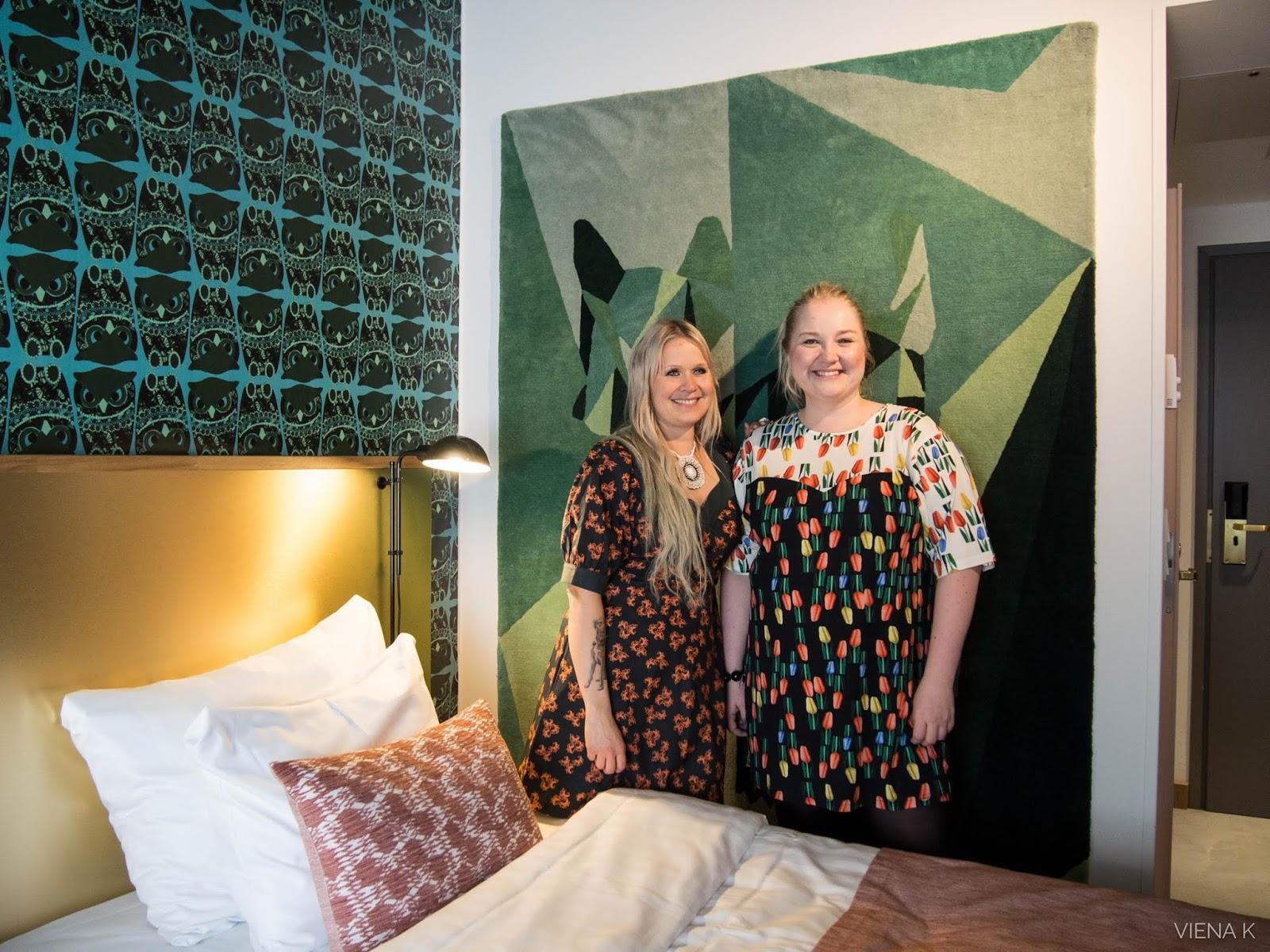 Uusi Presidentti: Hotelli täynnä Ivana Helsinkiä! - oi mutsi mutsi