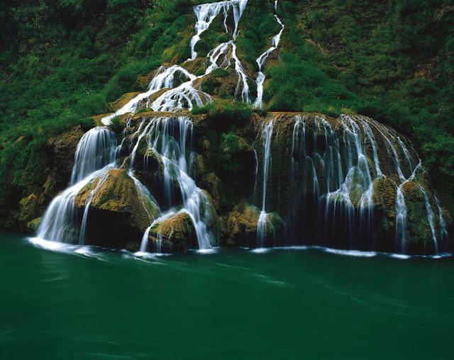 Amazingexplore Stunning Nature Waterfall Zhangjiajie Grand Canyon National Park China