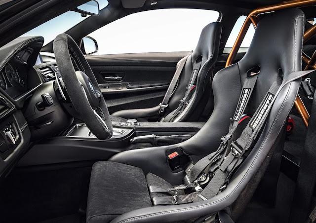 BMW M4 GTS シート