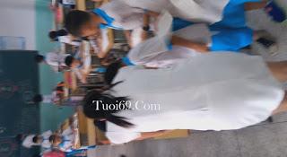 Clip: Lén dưới váy Cô giáo mầm non, bị thằng danh con phát hiện =))