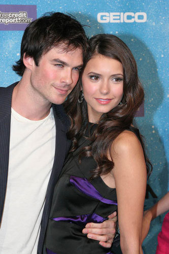 Who is elena from vampire diaries dating in real life