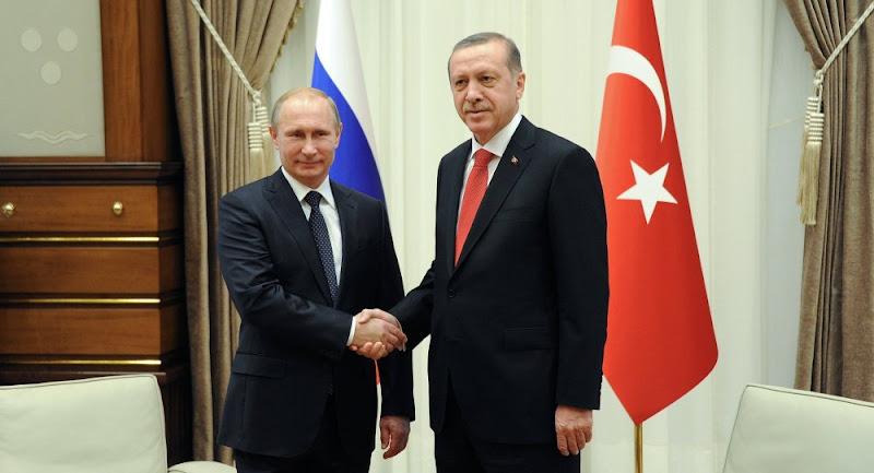 La Turquie pousse la Russie à signer un cessez-le-feu total en Syrie.