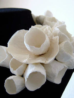 paper flowers statement necklace- collana di carta