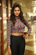 shalu chaurasiya latest sizzling pics-thumbnail-24