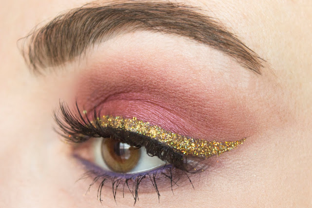 New year make-up 2018: golden wings