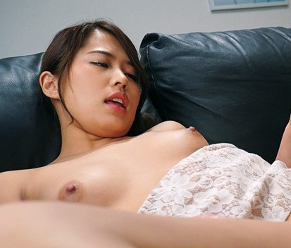 Naked asian girl orgasm