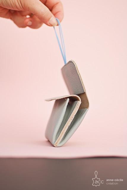 porte-monnaie cuir elastique
