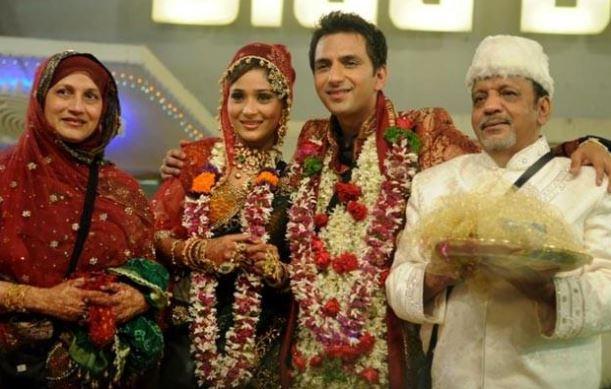 ali marchent-sara khan - back to bollywood