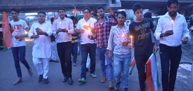 candle-march-by-youth-congress-party-worker-in-faridabad