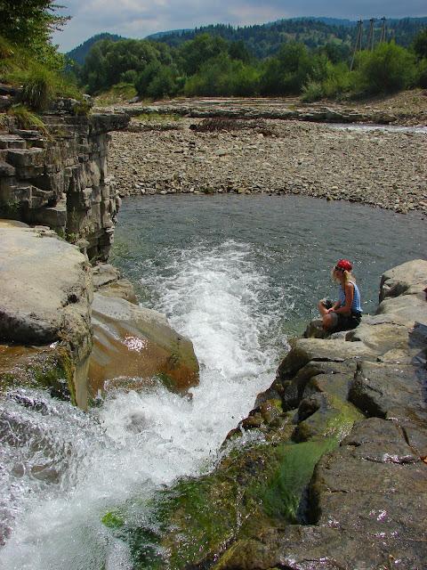 Малый Бухтивецкий водопад