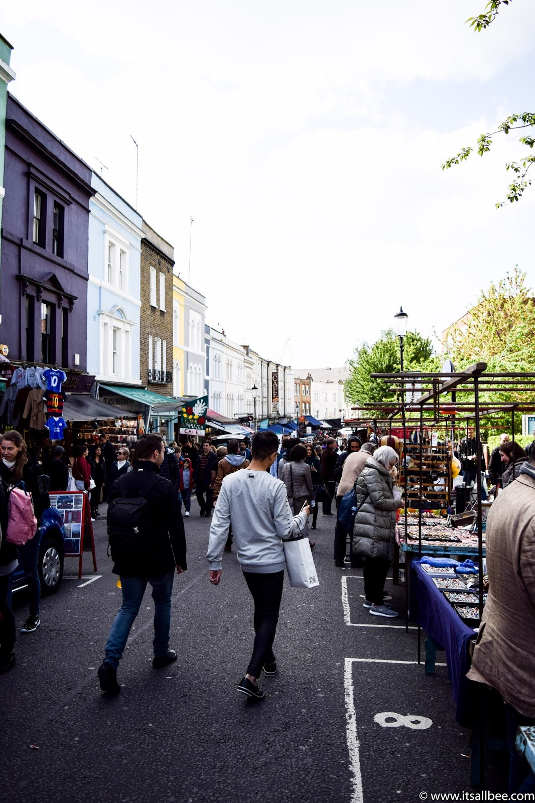 Portobello Market Gin, Shops, Restaurants, Market, Notting Hill Gate Tube, Colourful houses