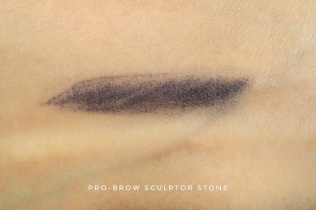 apakah  pr-brow sculptor MOB Cosmetic pigmented?