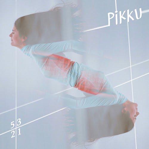 Artiste hors norme, Pikku sort 5,3,2,1 son premier album.