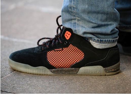 model sepatu sneakers macam jenis merek merk brand branded koleksi terbaru kualitas original kw awet tahan lama bagus keren hits kekinian olahraga casual jalan2 hangout kuliah santai sekolah ke kantor ukuran warna bahan