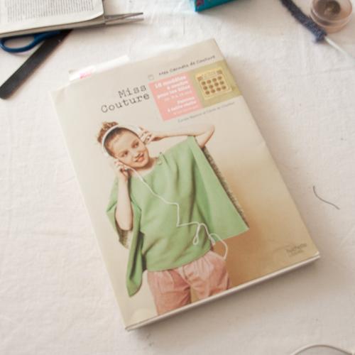Livre Miss Couture - carnets de couture . Hachette
