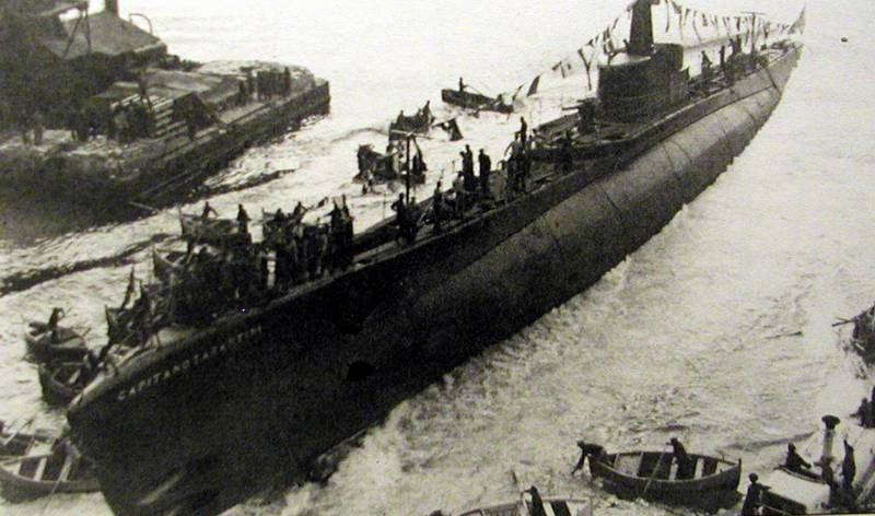 7 January 1940 worldwartwo.filminspector.com  Tartantini Italian submarine