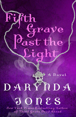 Fifth Grave Past the Light Charley Davidson paranormal by Darynda Jones