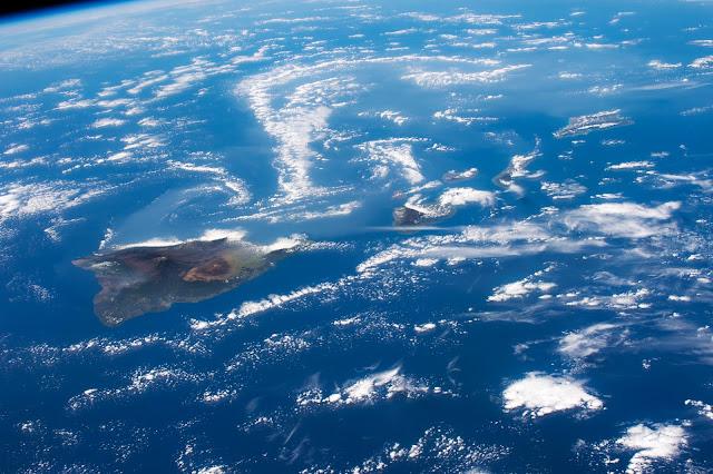 अंतरराष्ट्रीय अंतरिक्ष स्टेशन से देखा गया हवाई