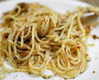 Espaguete ao Pesto de Tomate Seco (vegana)