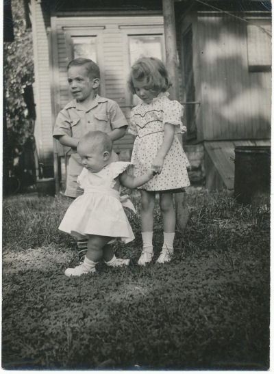 brother and sisters in 1946