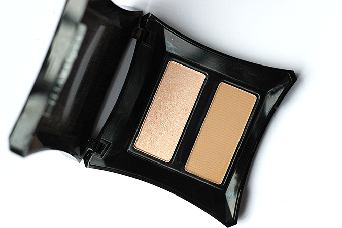 A photo of Illamasqua scultping powder duo