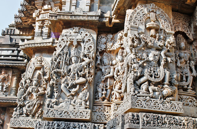 Wall Sculptures on the walls of the Hoysaleshwara temple