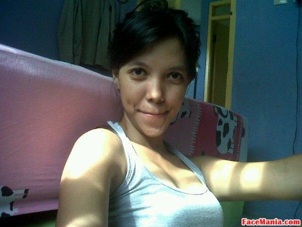 Foto Tante Dian Rajin Fitnes Body