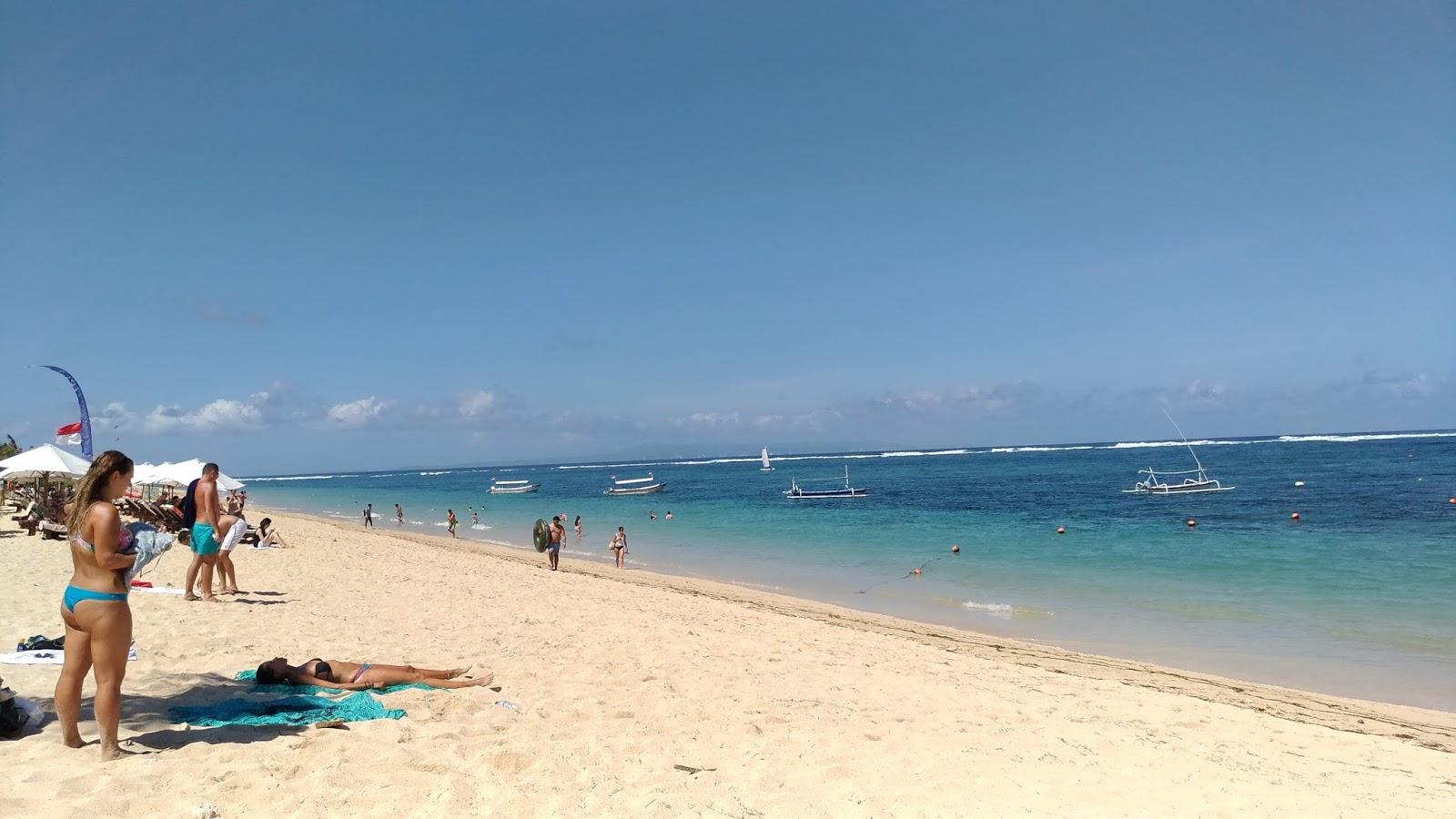 Pantai Geger Di Nusa Dua Bali Pejalan Santai
