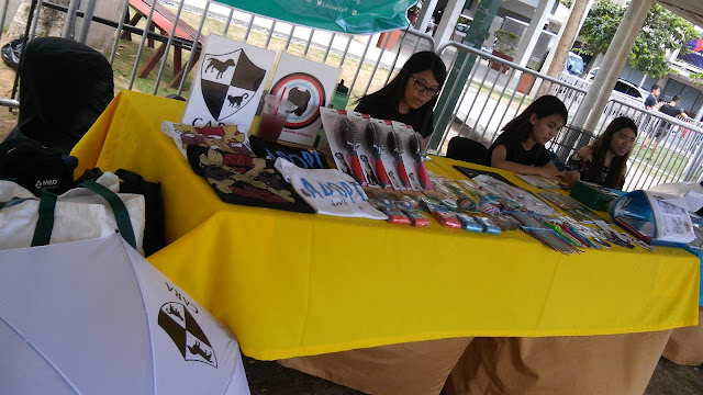 CARA and adopt a Laguna pitbull booth.