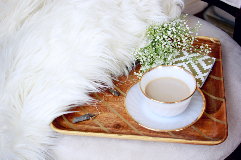 DIY: How to make over a thrift store wooden tray with spray paint!