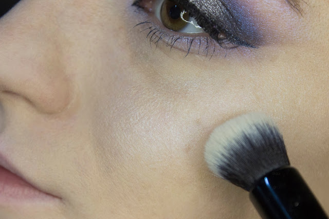 New year make-up 2018, step 13: Limoni Eye Shadow 203 - Frosty Waterwall